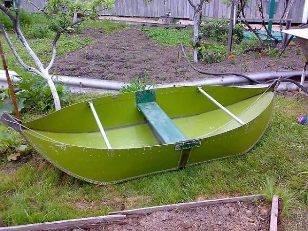 изготовление рыбацкой лодки